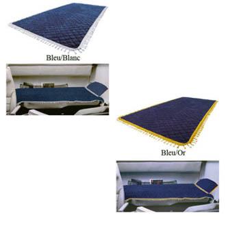 couvre lit en velours avec pompons 200 x 90 cm. Black Bedroom Furniture Sets. Home Design Ideas